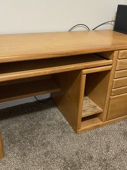Office Furniture for Sale in Happy Valley,  OR
