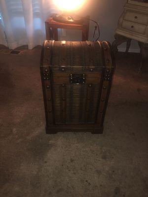 Wooden storage trunk for Sale in Stockton, CA