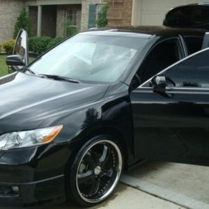PREMIUM CAR TOYOTA CAMRY LOW PRICE 007 BLACK for Sale in Houston, TX