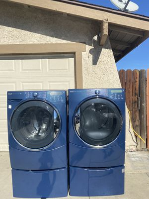 Kenmore elite steam Washer and gas dryer set for Sale in Riverside, CA