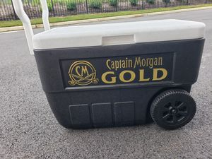 Captain Morgan Gold Rolling Cooler for Sale in Nottingham, MD