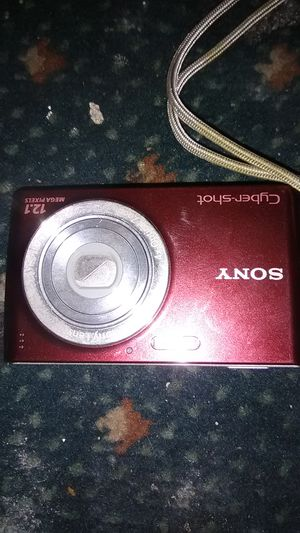 Digital camera Sony for Sale in Philadelphia, PA