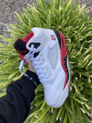 Air Jordan 5 Fire red Size 9 for Sale in Roseville, CA
