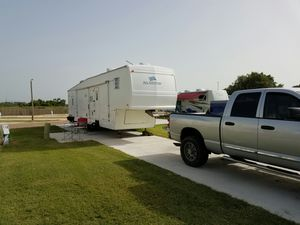 38' 5th wheel toy hauler for Sale in Rolla, MO