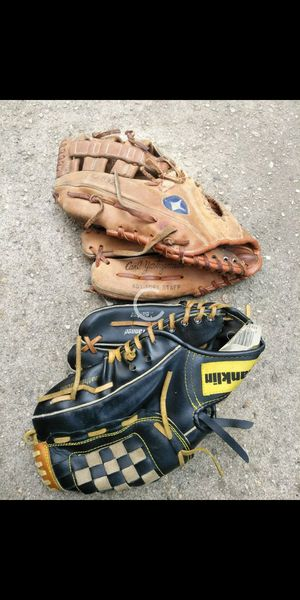 Baseball gloves for Sale in Springfield, MA