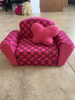 """Couch for 18"""" doll (fits American girl doll ) for Sale in St. Cloud, FL"""