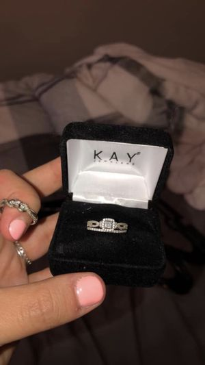 Kay Jewelers engagement ring and wedding band for Sale in Fort Wayne, IN