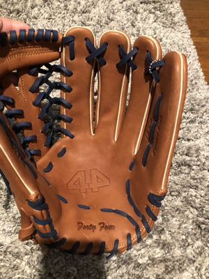 44 pro glove signature series for Sale in San Diego, CA