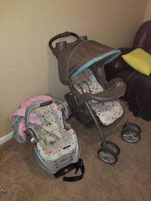 BRAND NEW Car seat matching stroller combo travel system for Sale in Gulfport, MS