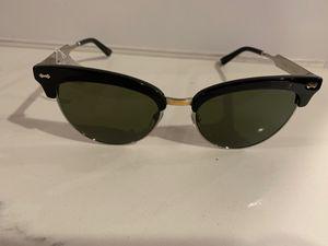 Authentic Gucci sunglasses $95 obo for Sale in SeaTac, WA