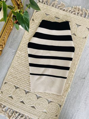 LOFT Pencil Knee Length Striped Wool Skirt Size S for Sale in Nicholasville, KY