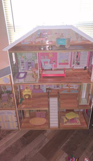 Dollhouse for Sale in Galt, CA