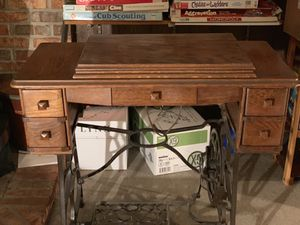 Antique Minnesota A Treadle Sewing Machine for Sale in Combined Locks, WI