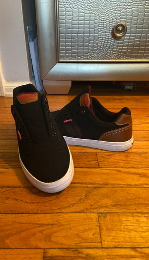 Levi's shoes **ONE TIME WEAR*SIZE 10 for Sale in Florissant, MO
