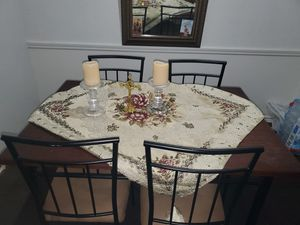 brown tabel Dinning roome for Sale in Hurst, TX