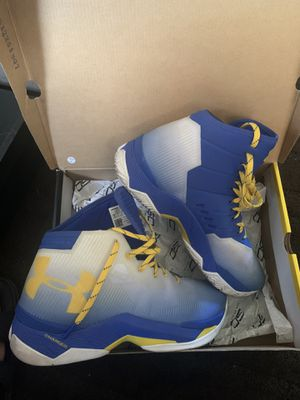 Curry 2.5 (Size 12) for Sale in Vernon, CA