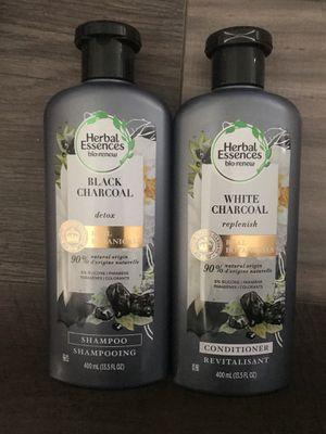 Herbal essences bio renew white charcoal shampoo and conditioner set for Sale in San Bernardino, CA