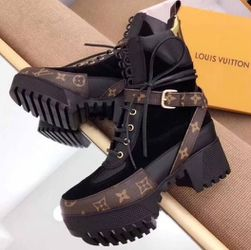 Louis Vuitton Desert Boots (Size 9.5 Womens) for Sale in Stone Mountain,  GA