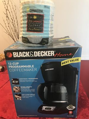 12 cup programmable coffee maker for Sale in Alexandria, VA