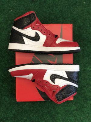 Nike Air Jordan 1 Retro High OG Satin Snake Chicago Preschool Size 13 DEADSTOCK **In hand** for Sale in Lynnwood, WA