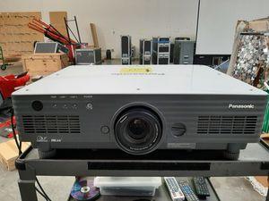 Panasonic GSX 4000 projector for Sale in San Jose, CA