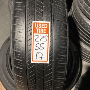 Tires 225/55/17 Good Year for Sale in Miami Gardens, FL