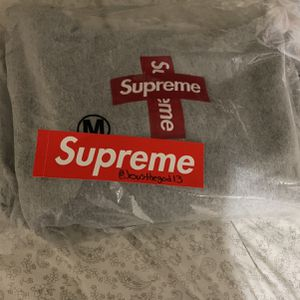 Supreme Box Logo Hoodie for Sale in Chicago, IL