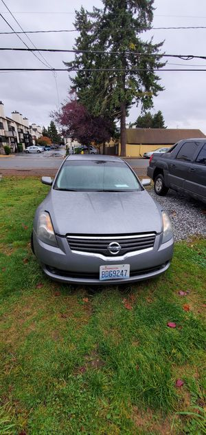2009 Nissan Altima bad transmission for Sale in Federal Way, WA
