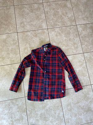 Plaid button shirt medium for Sale in Miami, FL