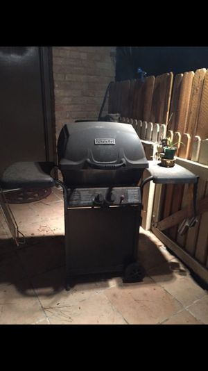BBQ GRILL NICE for Sale in Spring, TX