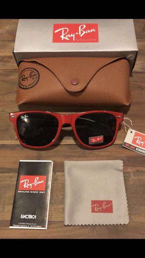 Red wayfarer sunglasses for Sale in Eureka, MO