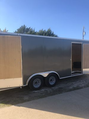 20 foot enclosed toy box trailer for Sale in Midlothian, TX