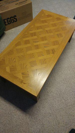 Coffee table for Sale in Salina, KS