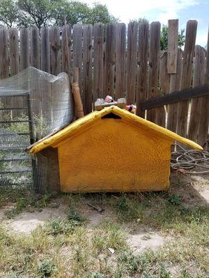 Dog house casa para mascota for Sale in Austin, TX