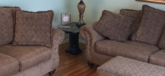 Sofa Queen Sleeper Loveseat Ottoman Set for Sale in Marlboro Township,  NJ