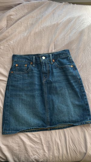 Levi's blue jean skirt size 4 for Sale in Decatur, GA