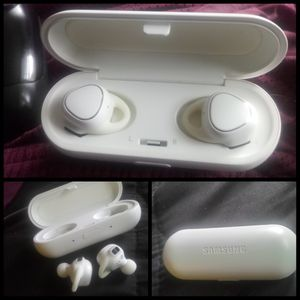 Gear icon XRS wireless Samsung headphones for Sale in Silver Spring, MD