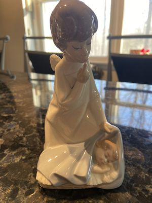 Lladro Angel with Sleeping Baby #4635 for Sale in Somerville, NJ