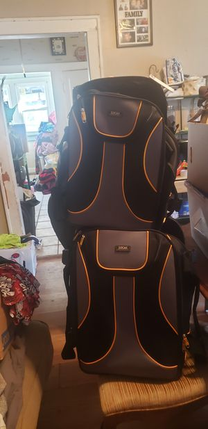 Lucas 2 piece luggage set for Sale in Wichita, KS