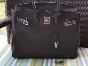 Lovely black Birkin handbag for Sale in Arlington, TX