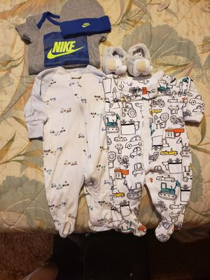 Baby bundle 0to3mth in great condition for Sale in Buffalo, NY