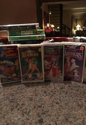 VHS MOVIES for Sale in Chardon, OH