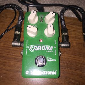TV ELECTRONIC CORONA CHORUS PEDAL PRACTICALLY NEW for Sale in Las Vegas, NV
