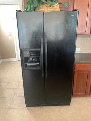 Refrigerator, Stove, and dishwasher for Sale in Jacksonville, FL