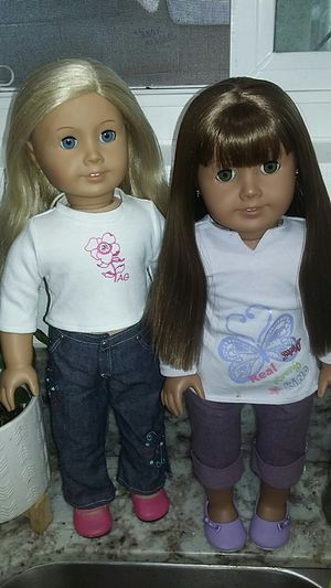 American Girl Dolls Set Of 2 for Sale in Costa Mesa, CA