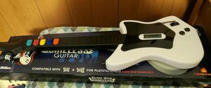 Guitar Hero ps2 White Wireless Guitar for Sale in Westbury, NY