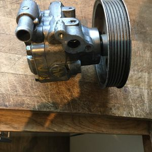09-12 Audi Factory Power Steering Pump for Sale in Los Angeles, CA