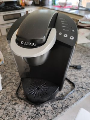 Keurig K cup coffee maker for Sale in Sammamish, WA