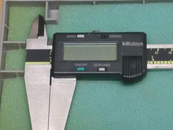 """$179.99 - Mitutoyo Digital Caliper 500-193, CD-12"""" CO w case"""