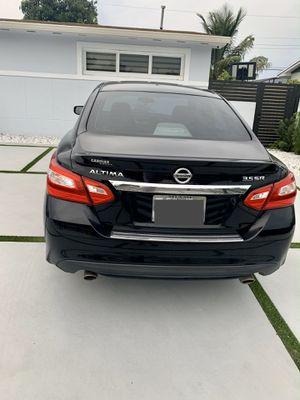 Nissan Altima SR 3.5 for Sale in Miami, FL